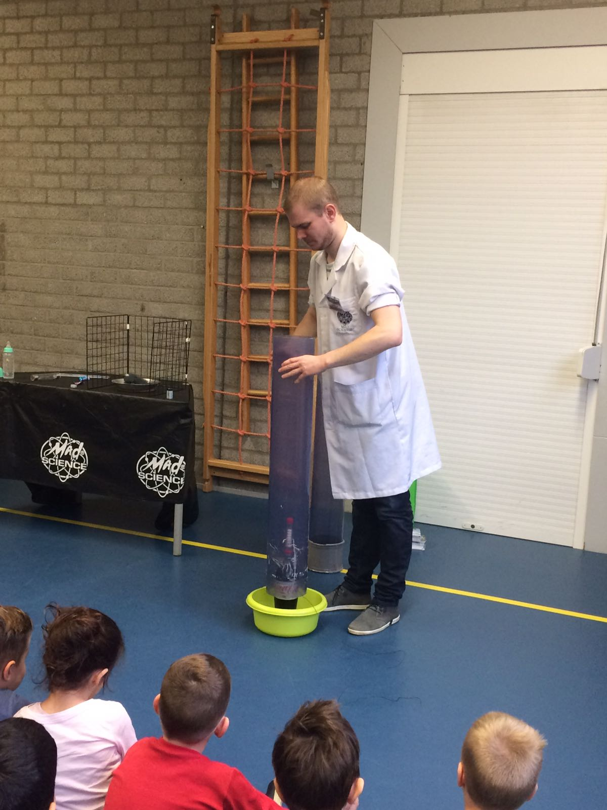 Demonstratie Mad Science gr 1-2 (2)